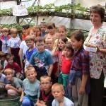Iskolások látogatása Major Pál csorvási kertjében (9. kép)